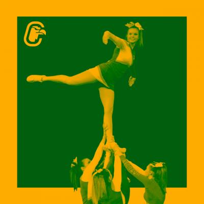 Stunt de cheerleading, voltige faisant une arabesque