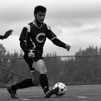 Joueur de soccer en action